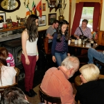 24-trad-music-and-sean-nos-dancing-in-mollys-bar